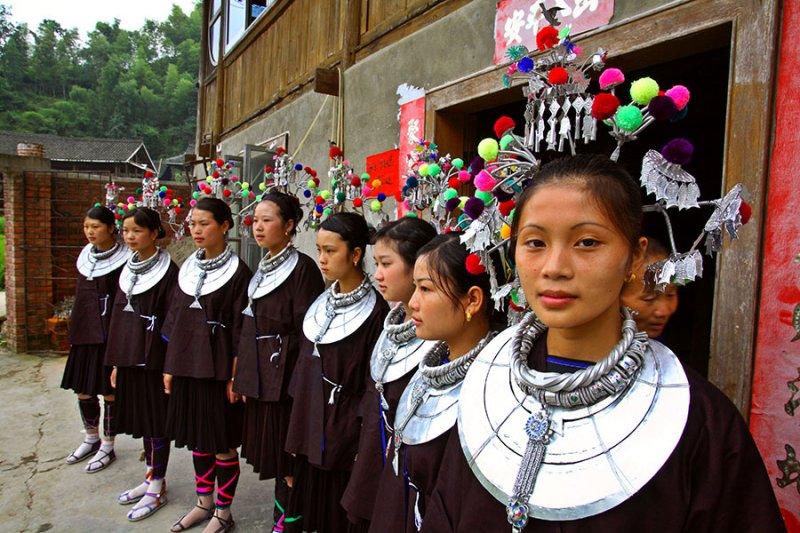 3197 Traditional ceremonial dress.