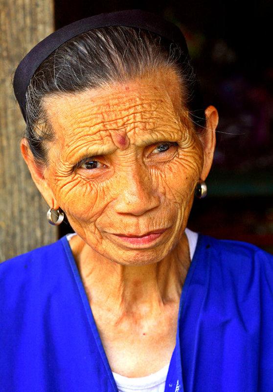 3733 Female Kam elder.