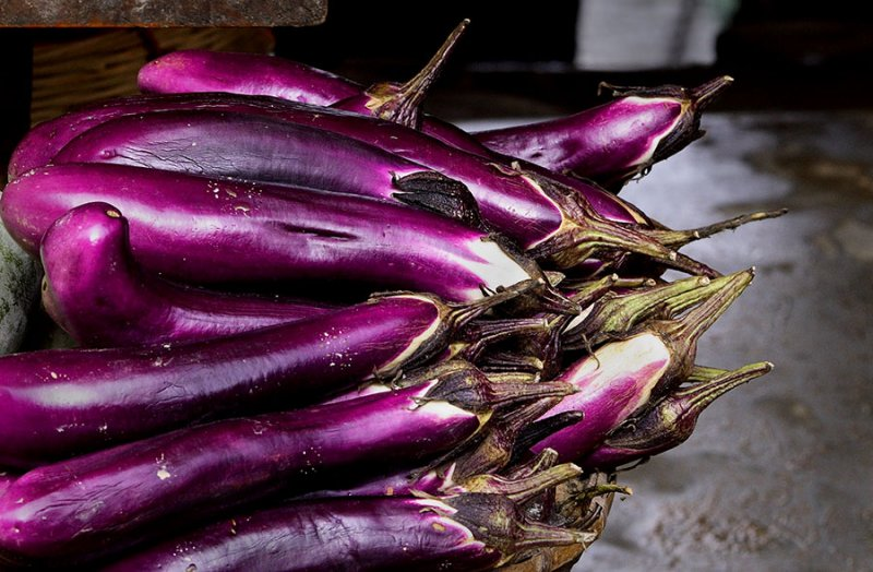 2280 Eggplant often cooked with green beans is very popular.