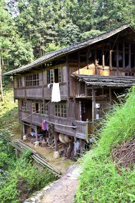 9913 Typical Kam construction. This is the home of the village leader.