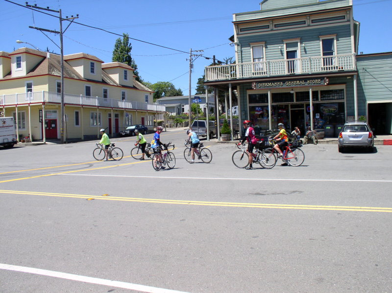 Town of Tamales.  Popular cyclist rest stop.
