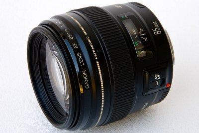 Canon Lens EF 85mm f/1.8 USM