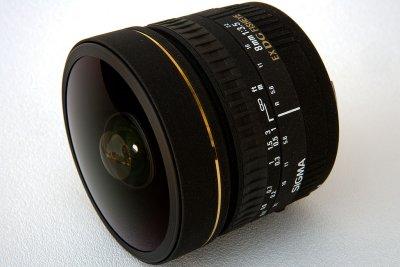 Sigma 8mm f/3.5 EX DG Fisheye