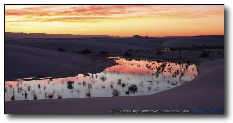 White Sands : Red Dunes