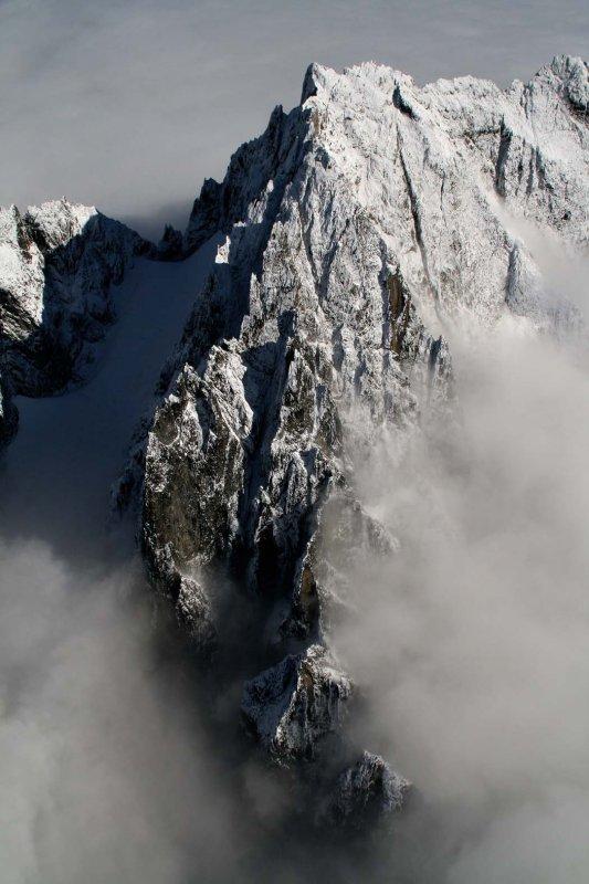 Fury, W Pk, SW Buttress (Mongo Ridge)  (NPickets101706-148aeh.jpg)