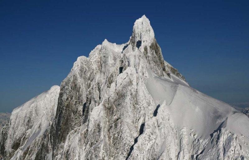 Waddington Summit Tower, View NW <br>(W011207--_0218.jpg)