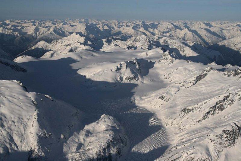 Whitemantle Range, View W <br>(W011207--_0101.jpg)