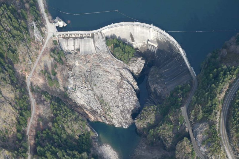 Diablo Dam (DiabloLk030607-_045.jpg)