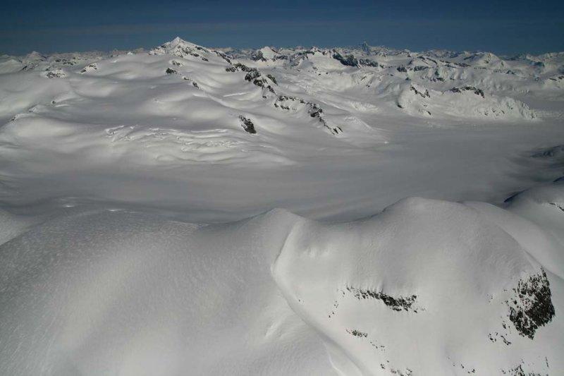 Ha-iltzuk Icefield, View N <br>(Ha-IltzukIceFld040307-_121.jpg)