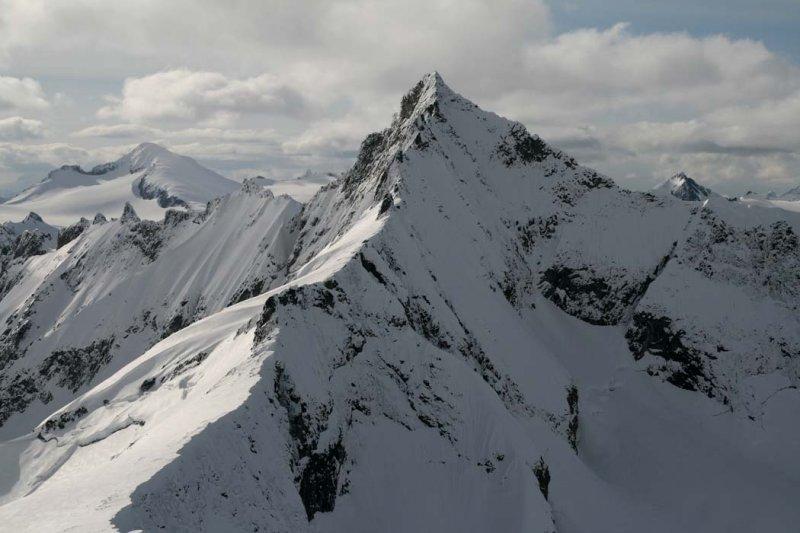 Forbidden E Ridge & NE Face (Forbidden2-042907-_10.jpg)