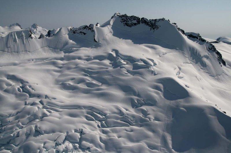 Peak 2808, View S <br> (Compton051407-_084.jpg)