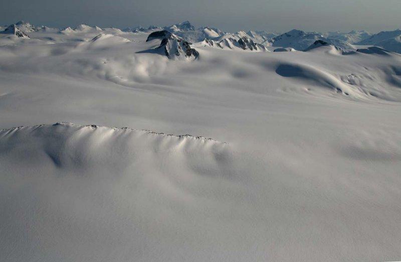 Upper Jewakwa Glacier, View S <br>(Homathko051407-_035.jpg)