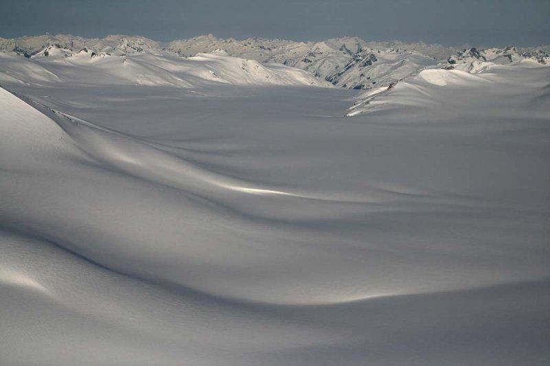 View W Down Jewakwa Glacier <br>(Homathko051507-_356.jpg)