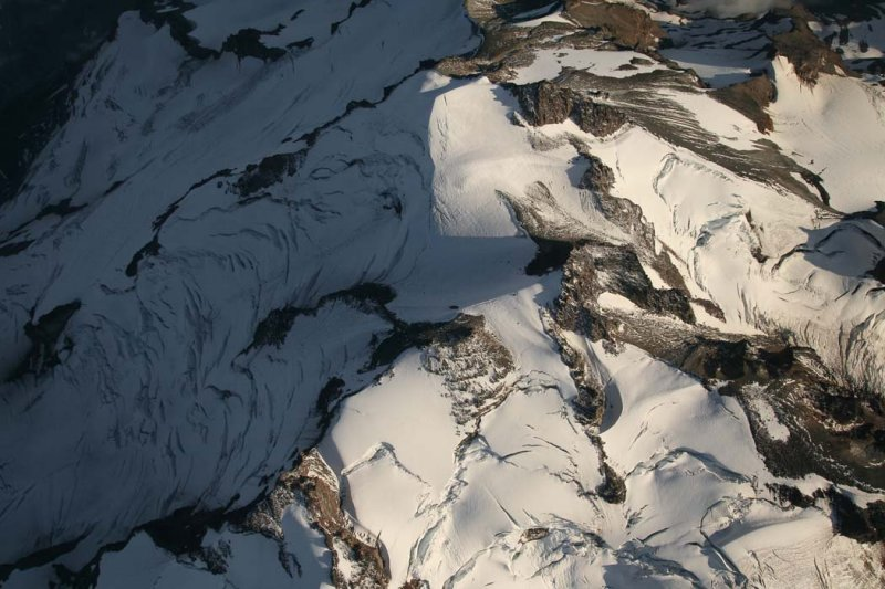 Glacier Peak From 13000 <br> (GlacierPk082207-_175.jpg)