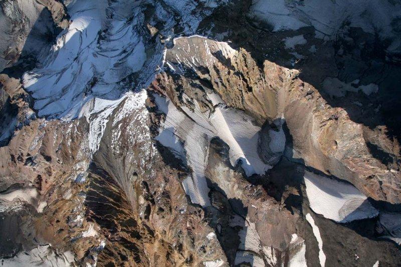 Mt. Hood From 13,500 <br> (Hood082407-_690.jpg)