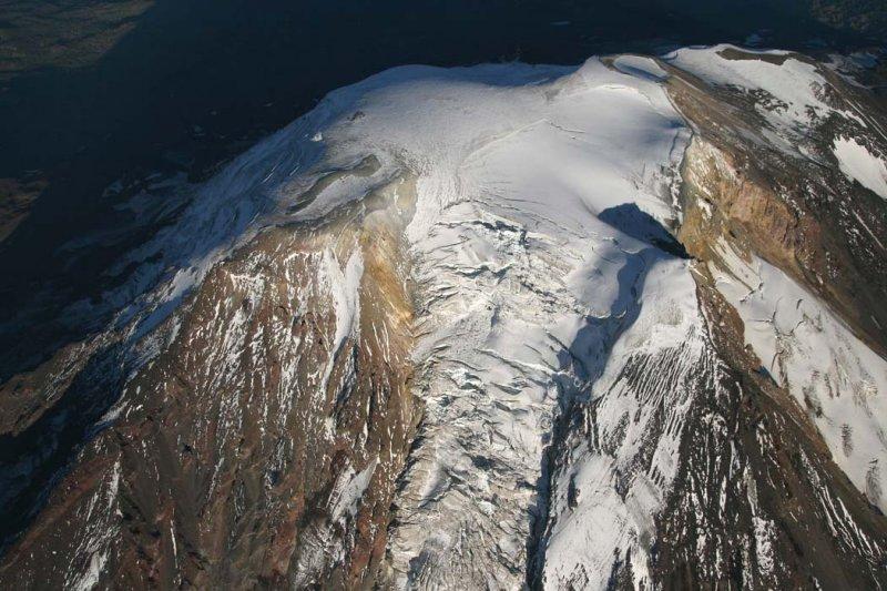 Adams, Upper Adams Glacier & Summit From 14,500 <br> (Adams082407-_291.jpg)