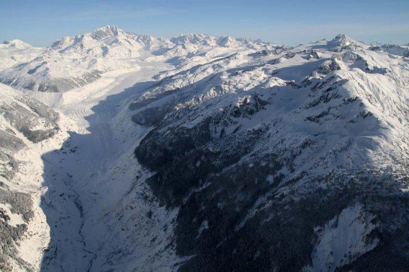 Franklin Glacier: View NE To Waddington & Whitemantle Range <br> (Waddington011207--_1682adj.jpg)