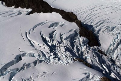 Blue Glacier, Central Icefall <br> (ONP092307-220adj.jpg)