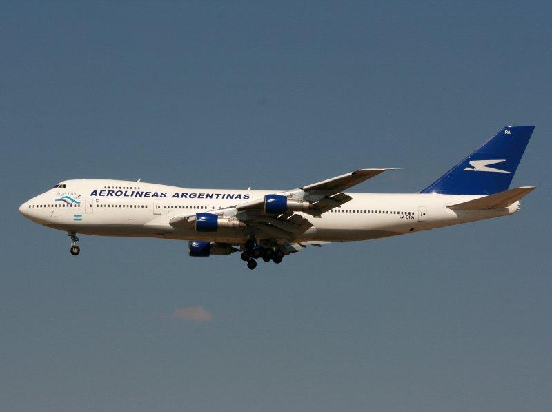 B.747-200 LV-OPA