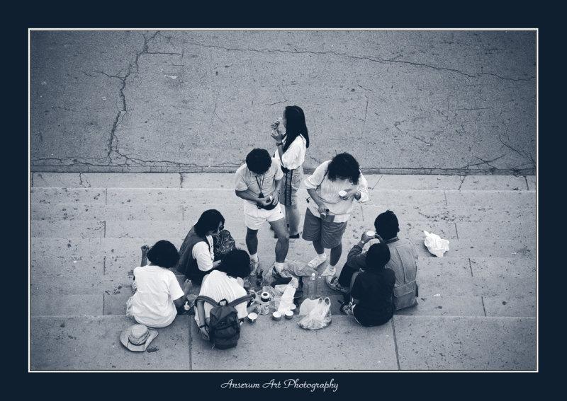 Japanese People In Paris