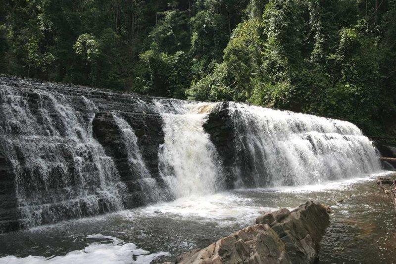 Imbak Waterfall.jpg