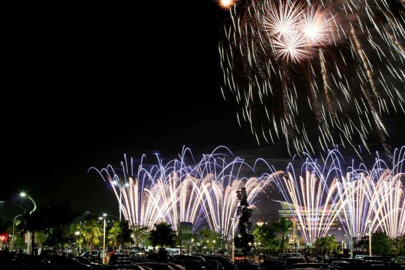 Malaysia-fireworks-competit.jpg