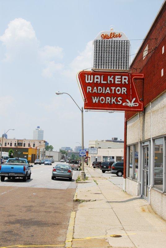 Walker Radiator in Daylight