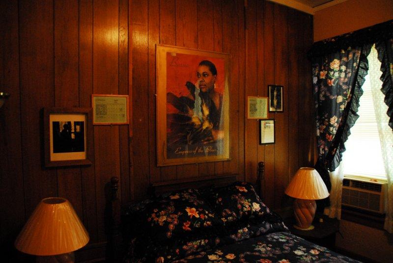 Clarksdale-Riverside Hotel-Bessie Smiths Room