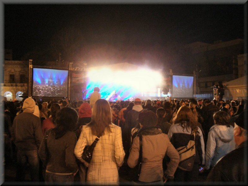 Revolutiei Square Concert (dont know the band, but they were good!)