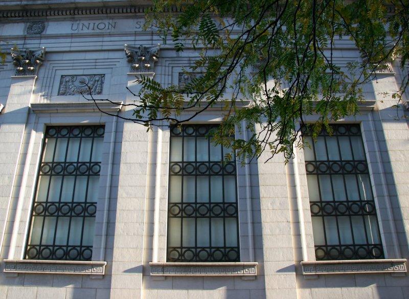 Union Square Savings Bank Building
