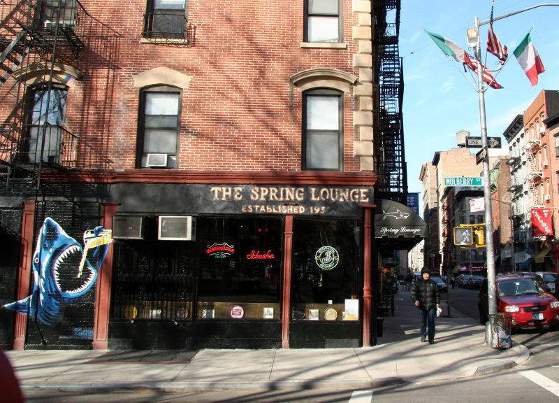 Spring Lounge
