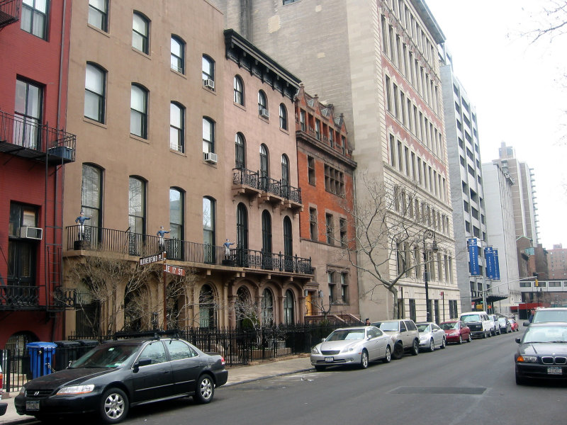View from Rutherford Place to 2nd Avenue