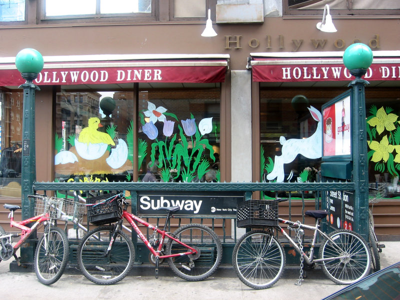 Hollywood Diner & Subway Entrance at 15th Street