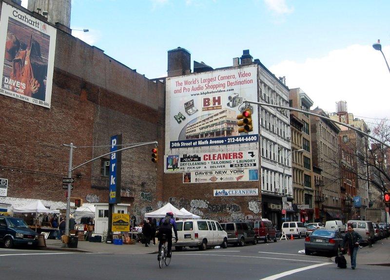 Chelsea Flea Market at 16th Steet