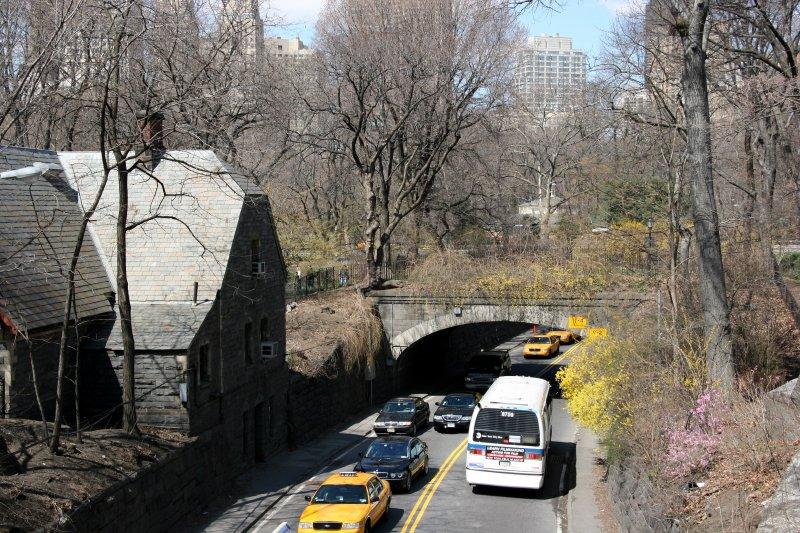 72nd Street Roadway