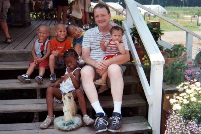 Dave and 5 grand kids