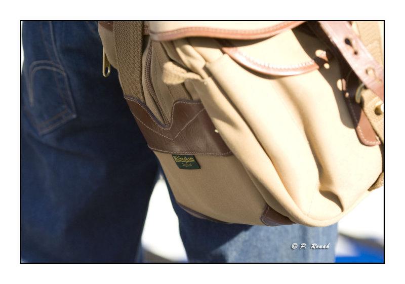 3564 - Billingham camera bag