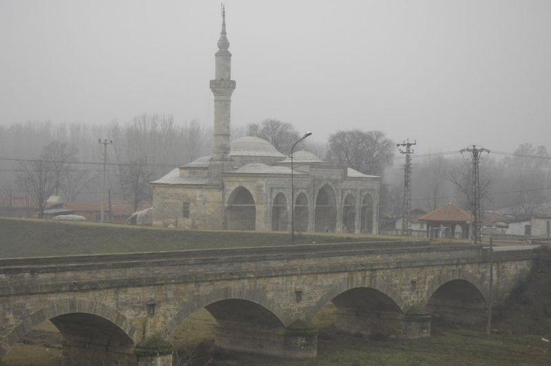 Edirne towards Beyazit II mosque dec 2006 1102.jpg