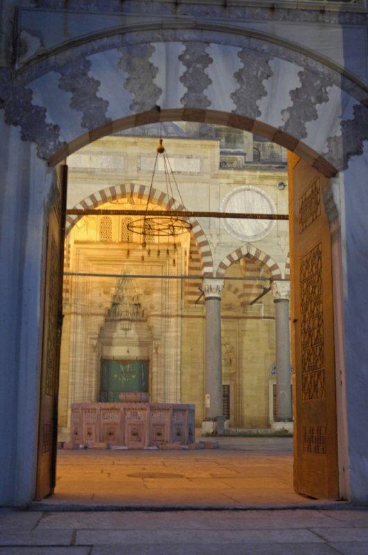 Edirne Selimiye Mosque dec 2006 2408.jpg