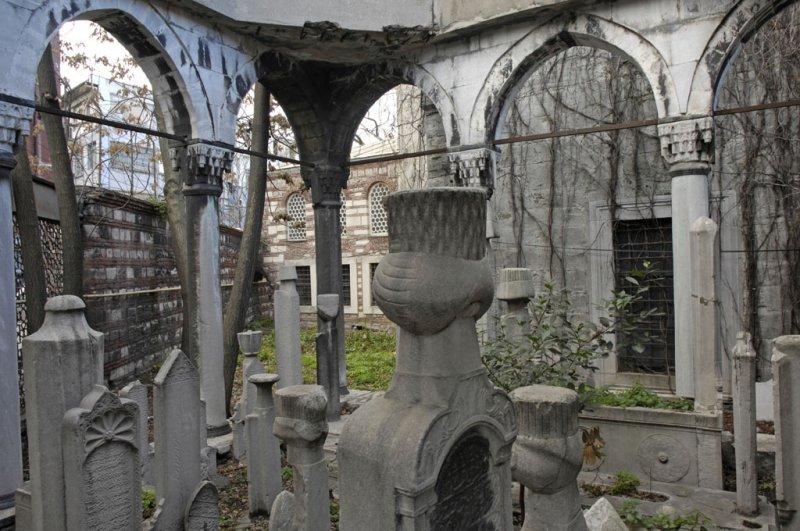 Istanbul dec 2006 3831.jpg