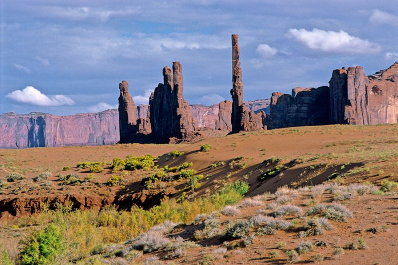 Needle Rocks in Monument Valley.jpg