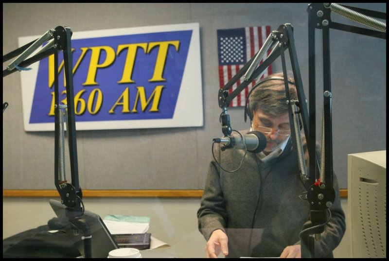 Thom broadcasting from WPTT in Pittsburgh