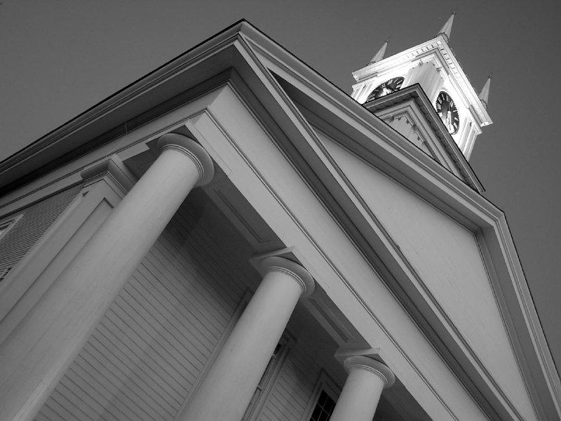 Edgartowns Whaling Church in BW.jpg
