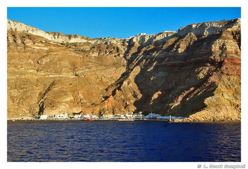 Dock.Santorini.6313.jpg