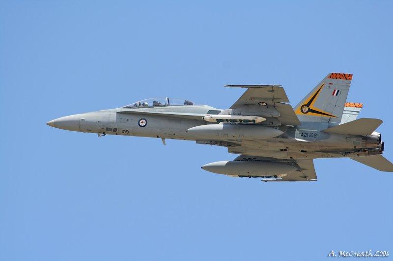 RAAF Hornet - Williamtown - 19 Oct 06