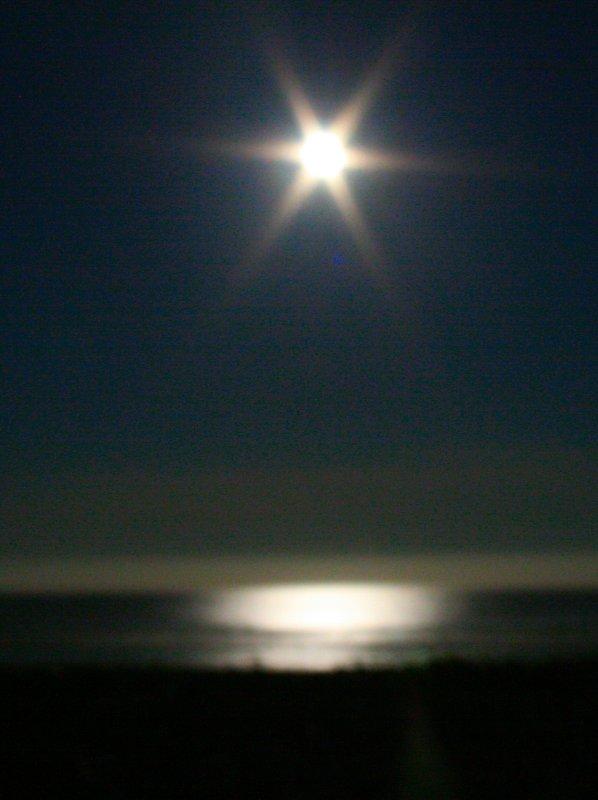 moonscape2.jpg