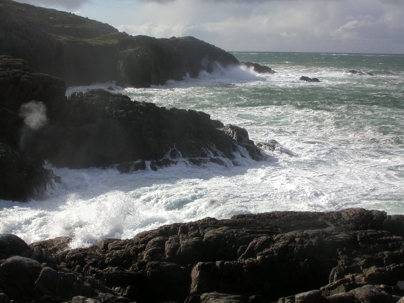 Sea trying to do a bit of erosion, Rubha Ruadh