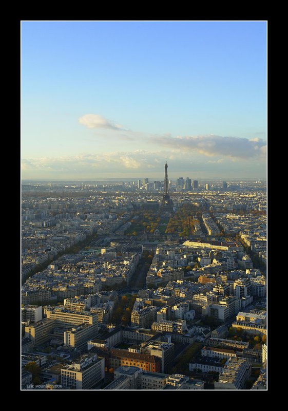 Fly by - Paris