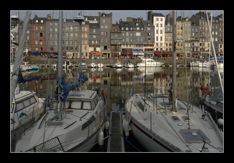 Magic light of Honfleur 9