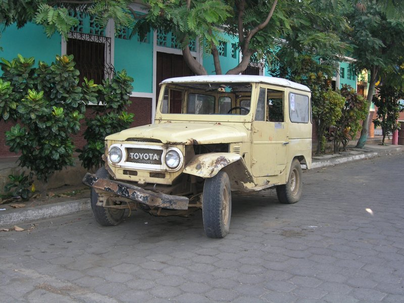 ...and some veteran vehicles are parked about the streets.....